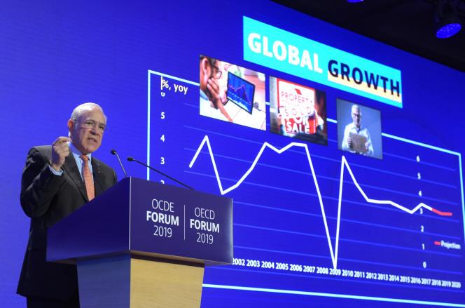 Le secrétaire général de l'OCDE, Angel Gurria, présente les perspectives économiques de l'OCDE, à Paris, le 21 mai 2019.