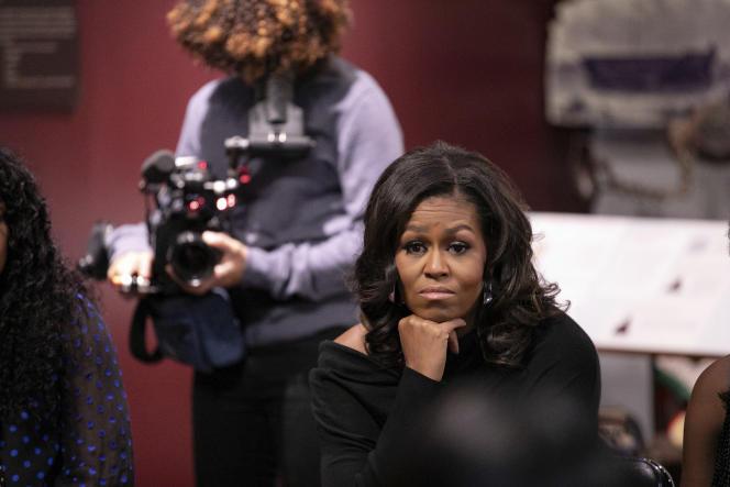 Michelle Obama dans une scène tirée du documentaire « Devenir ».