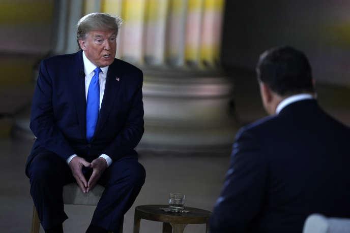 Donald Trump a donné une interview à Fox News du Lincoln Memorial, dimanche 3 mai.