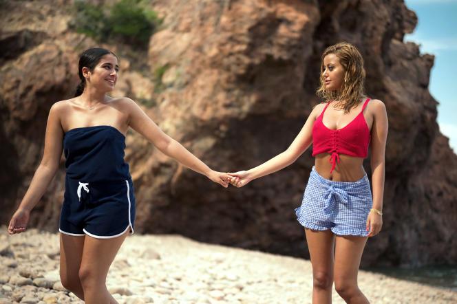 Mina Farid et Zahia Dehar dans «Une fille facile», de RebeccaZlotowski.