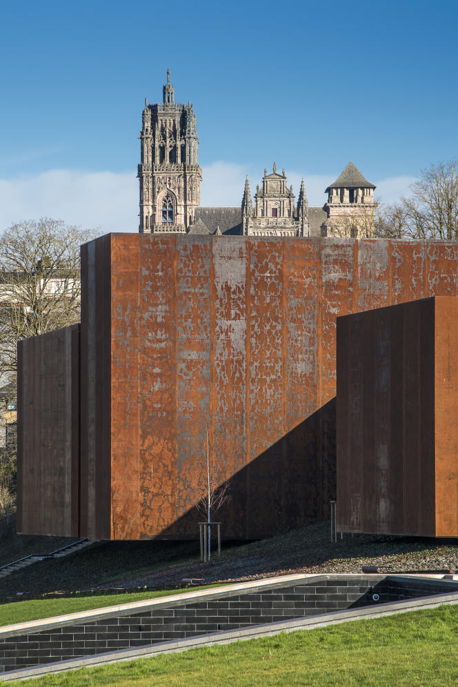 Le musée Soulages, à Rodez, conçu par le cabinet RCR Arquitectes.