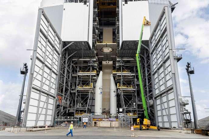 Sur le chantier du pas de tir de la fusée Ariane 6, au Centre spatial de Kourou, le 5 mars. Quelques jours plus tard, le chantier fermait ses portes dans le cadre du confinement imposé pour lutter contre la propagation du Covid-19.