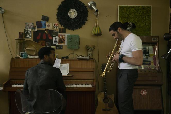 André Holland (Elliot Udo) et Tahar Rahim (Farid) dans la série «The Eddy».