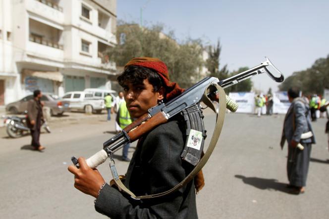 Un membre des forces houthistes, à Sanaa, le 2 avril 2020.
