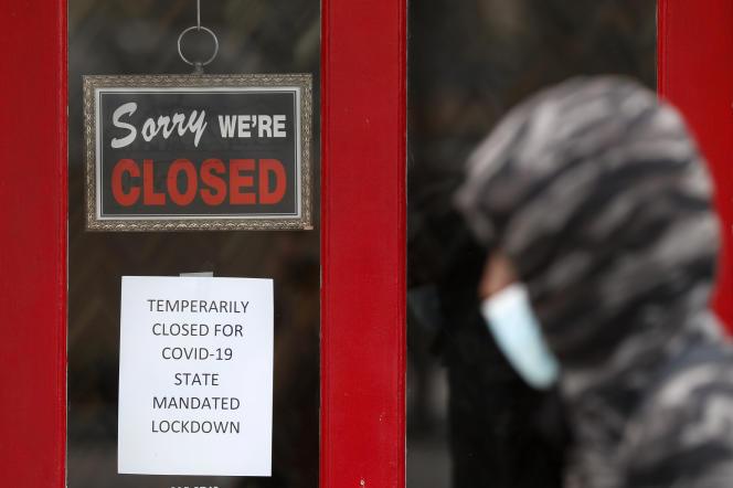 Ce sont ainsi 20,5 millions d'emplois qui ont été supprimés au mois d'avril, un niveau record en si peu de temps.