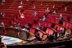 Dans l'Assemblée nationale le 8 mai 2020.
