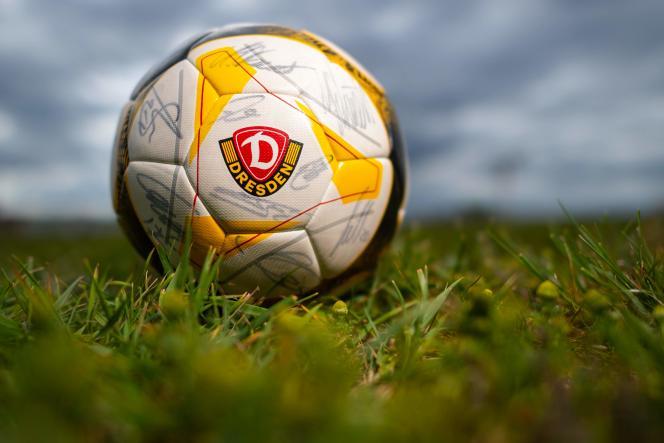 Lanterne rouge du championnat de 2e division, le Dynamo Dresde devait se déplacer à Hanovre pour le compte de la 26e journée le 17 mai.