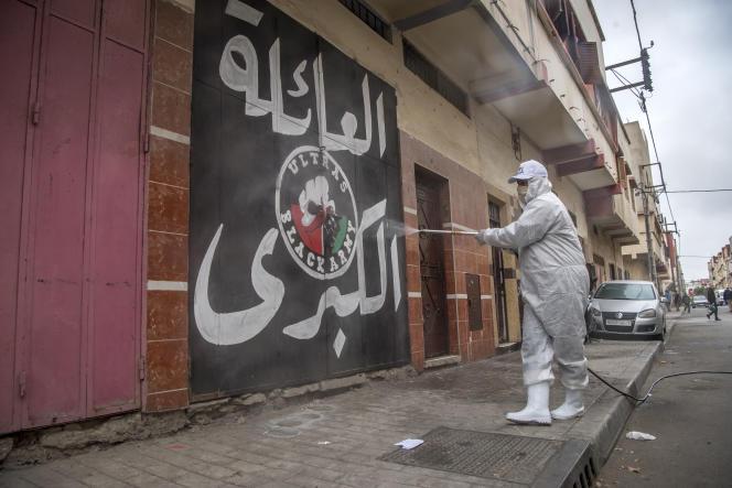 Désinfection à Rabat, le 9 avril.