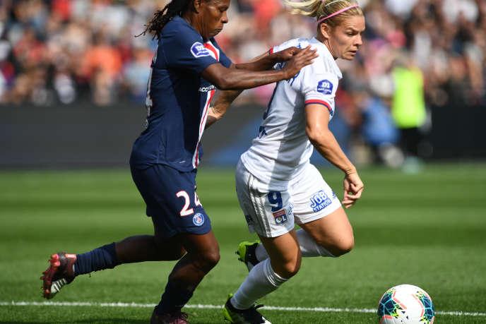 L'avant lyonnaise Eugénie Le Sommer lors du match pour le Trophée des championnes opposantl'Olympique Lyonnais et le Paris Saint-Germain, le 21 septembre 2019 au stade Roudourou de Guingamp (Côtes-d'Armor).