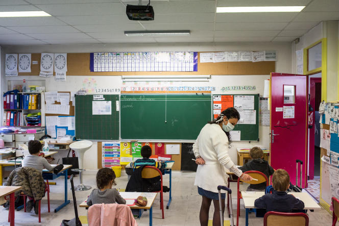 Rentrée des classes à l'école Paul-Langevin de Saint-Martin-d'Hères (Isère), dans l'agglomération grenobloise, le 12mai.