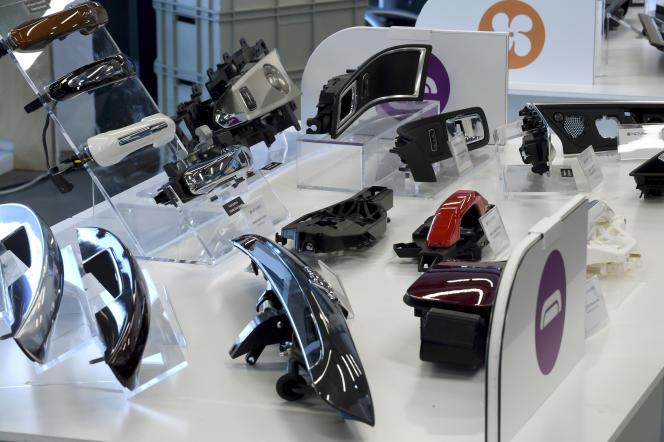 Des produits de l'équipementier automobile Novares, à Paris, en mars 2018. La société s'est placée, fin avril 2020, en redressement judiciaire.