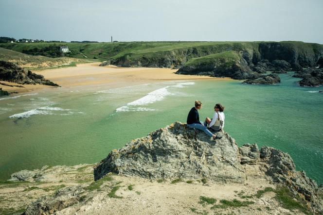 Sur la plage de Donnant, à Belle-Ile-en-Mer (Morbihan), le 11 mai.