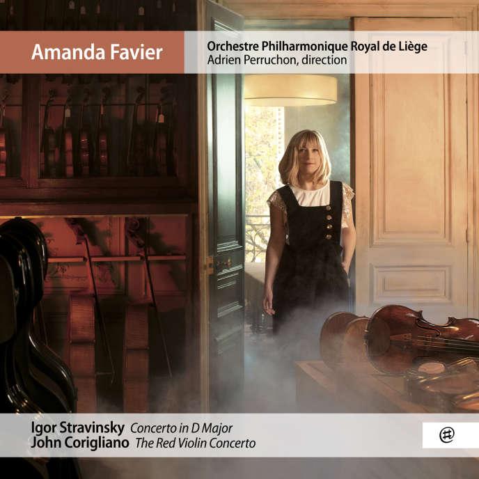 Pochette de l'album«Concertos pour violon », de Stravinsky et Corigliano, par Amanda Favier (violon), Orchestre Philharmonique Royal de Liège, Adrien Perruchon (direction).