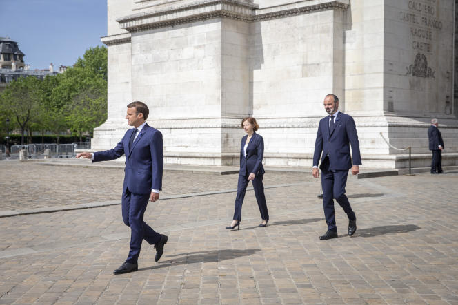 Emmanuel Macron, président de la République, Florence Parly, ministre des armées, et Edouard Philippe, premier ministre, le 8 mai à Paris.