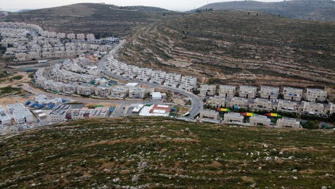 La colonie israélienne de Givat Zeev, proche de la ville de Ramallah, en Cisjordanie, le 13 mai.