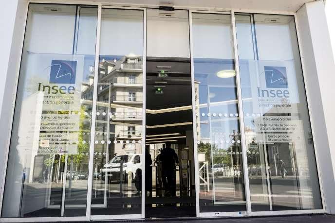 Le siège de l'Institut national de la statistique et des études économiques (Insee), à Montrouge (Hauts-de-Seine), près de Paris, en juin 2019.