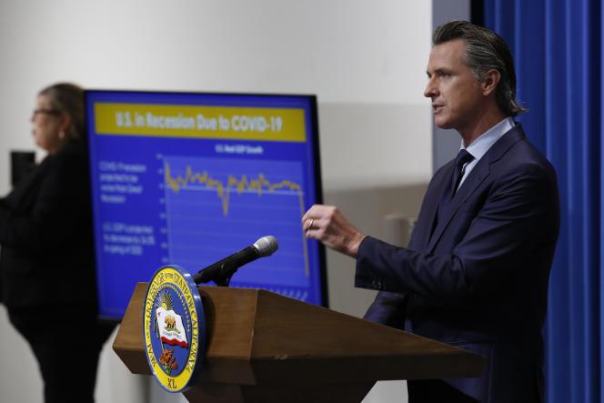 Le gouverneur de Californie présente son nouveau budget, le 14 mai, à Sacramento.