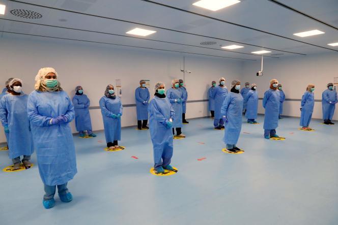 Un hôpital mis en place par les Qataris dans une zone industrielle pour tester les migrants, à Doha, le 11 mai 2020.