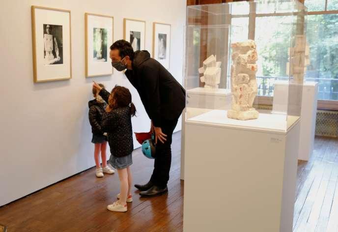 Visite du musée Giacometti, à Paris, le 15 mai.
