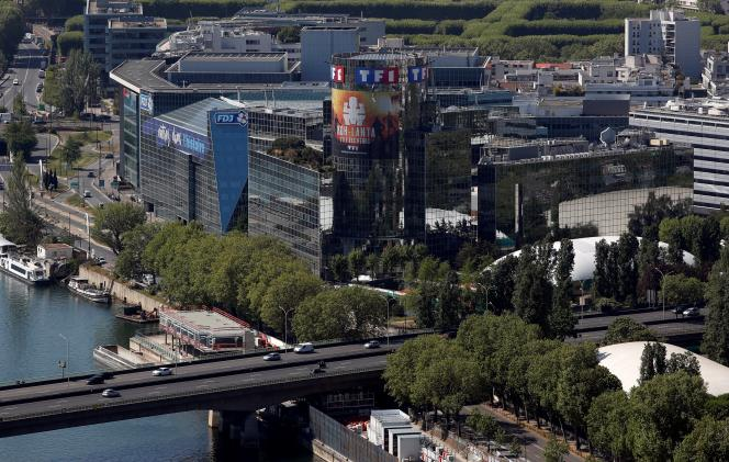 Le siège de TF1, à Boulogne-Billancourt (Hauts-de-Seine), le 23 avril.
