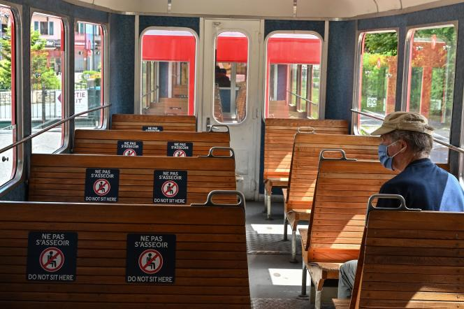 Dans le train du Montenversprès de Chamonix, le 16 mai 2020.