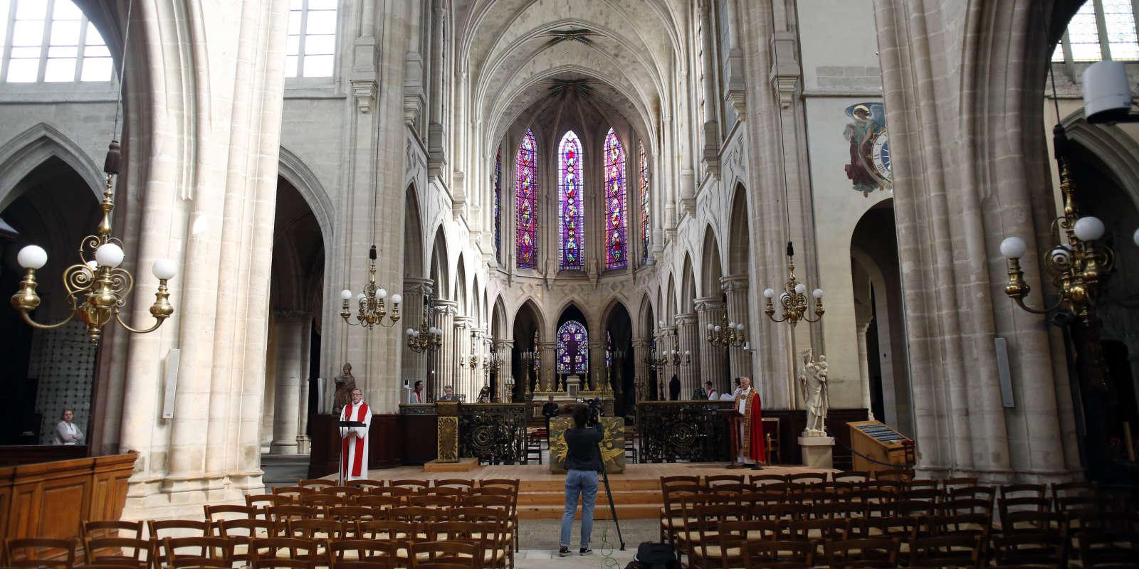 Eglise Saint Germain l'Auxerrois, à Paris, le 10 avril.