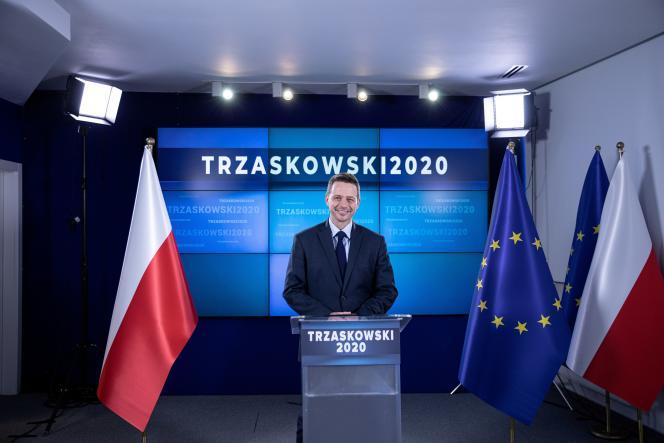 Rafal Trzaskowski, le maire de Varsovie, est le candidat de Plateforme civique (PO) à l'élection présidentielle polonaise, lors d'une conférence de presse à Varsovie, le 17 mai 2020.