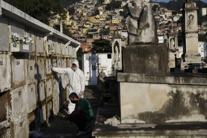 A Rio de Janeiro.