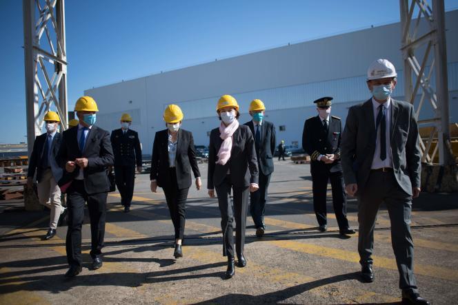 La ministre de la Défense Florence Parly lors de sa visite aux Chantiers de l'Atlantique, à Saint-Nazaire (Loire-Atlantique), lundi 18 mai.