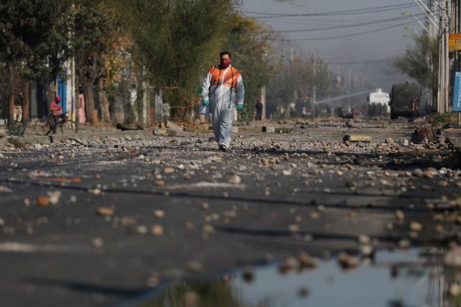 Le quartier d'El Bosque, à Santiago, au Chili, après les manifestations, lundi 18 mai.