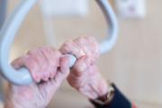 Une résidente dans une maison de retraite en Allemagne.