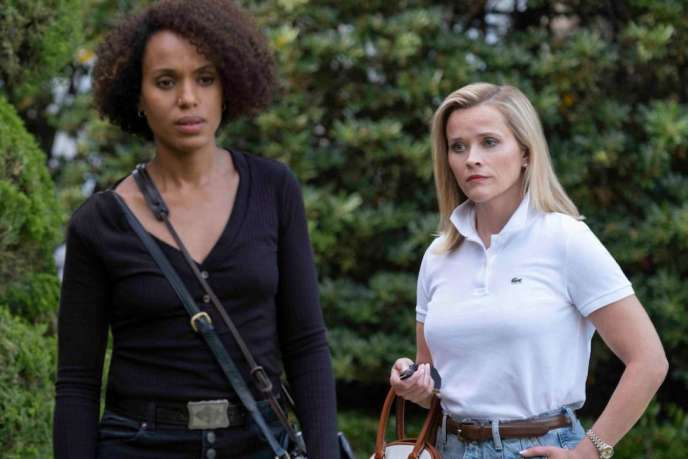 Les actrices Kerry Washington (Mia Warren) et Reese Witherspoon (Elena Richardson) dans « Little Fires Everywhere ».