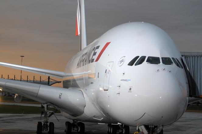 Le premier A380 livré à Air France, à Hambourg, en octobre 2009.