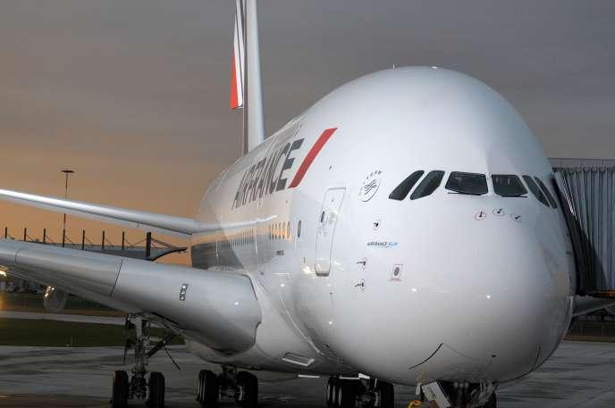 Trop cher, trop polluant, pas assez rentable : Air France abandonne l'Airbus A380