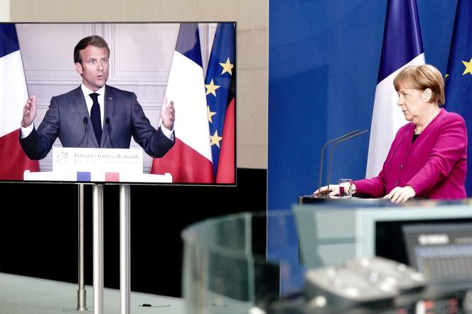Emmamuel Macron et la chancelière allemande Angela Merkel lors de leur conférence de presse commune, le 18 mai.
