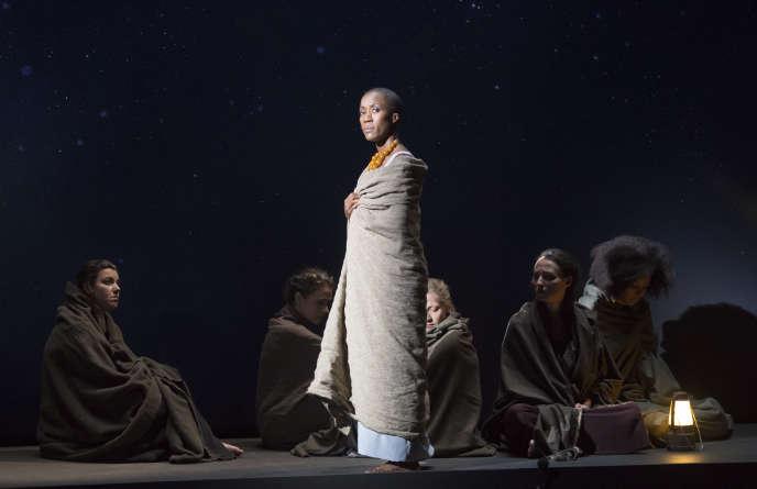 Rokia Traoré dans «Didon et Enée», opéra de Henry Purcell, mis en scène par Vincent Huguet, à Aix-en-Provence en juillet 2018.