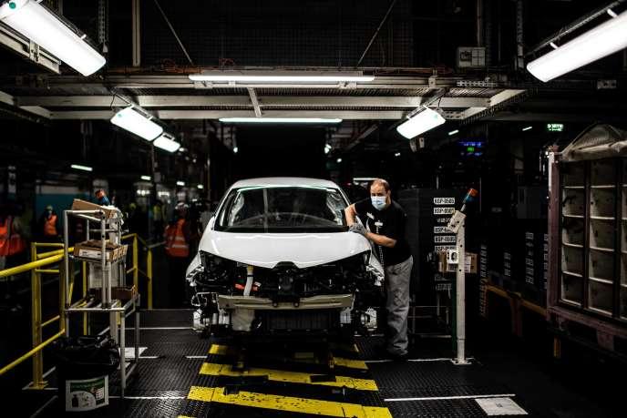 Renault envisage de ne plus assembler de voitures sur le site de Flins. Ici, le 6 mai.