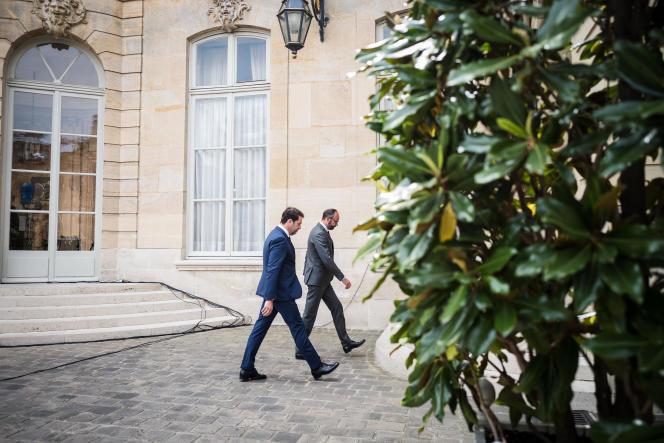 Edouard Philippe et Christophe Castaner, après une conférence de presse concernant le second tour des élections municipales, à Matignon, le 22 mai.