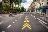 La rue Rivoli, à Paris, champ de batailles