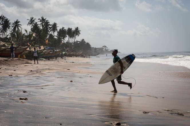 Sur une plage d'Accra, en juin 2017.
