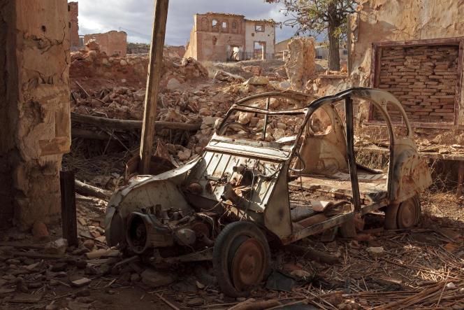 A Balchite (Saragosse), village détruit en 1937 pendant la guerre et resté depuis à l'état de ruine.
