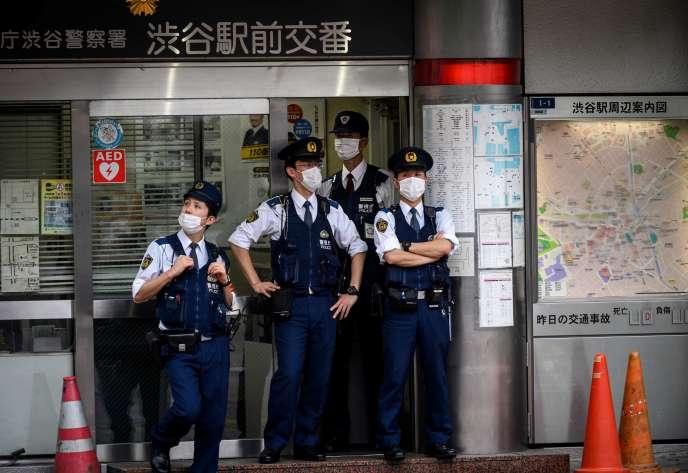 Un poste de police dans le quartier de Shibuya à Tokyo, le 26 mai.