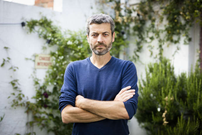 Jean-François Julliard,directeur général de Greenpeace         France, chez lui à Pantin (Seine-Saint-Denis), le 25 mai.