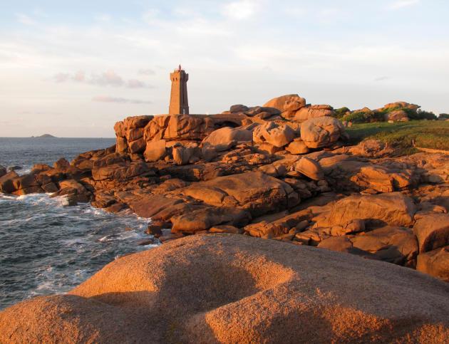 Le chaos de Ploumanac'h sur la côte de granit rose.