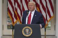 Le président Donald Trump répond aux questions des journalistes, à la Maison Blanche, le 26 mai.