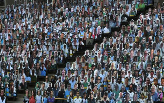 Des effigies de supporteurs dans le stade du Borussia Mönchengladbach, le 19 mai 2020.