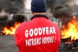Manifestation des salariés de Goodyear à Amiens, le 18 novembre 2013. (