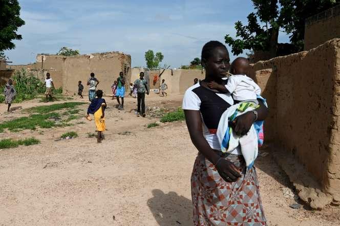 Des personnes déplacées fuyant les violences de l'est du Burkina Faso, à Ouagadougou, en septembre 2019.