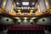 Cinémas et salles de spectacle se réjouissent de rouvrir, mais se demandent comment faire