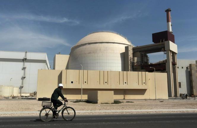 Photo d'archives du 26 octobre 2010, montrant le bâtiment du réacteur de la centrale nucléaire de Bouchehr, juste à l'extérieur de la ville de Bouchehr, dans le sud de l'Iran.